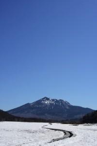 雪原と燧ケ岳